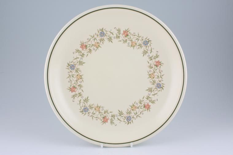 Dinner Plate & BHS Country Garland | 12 lines in stock