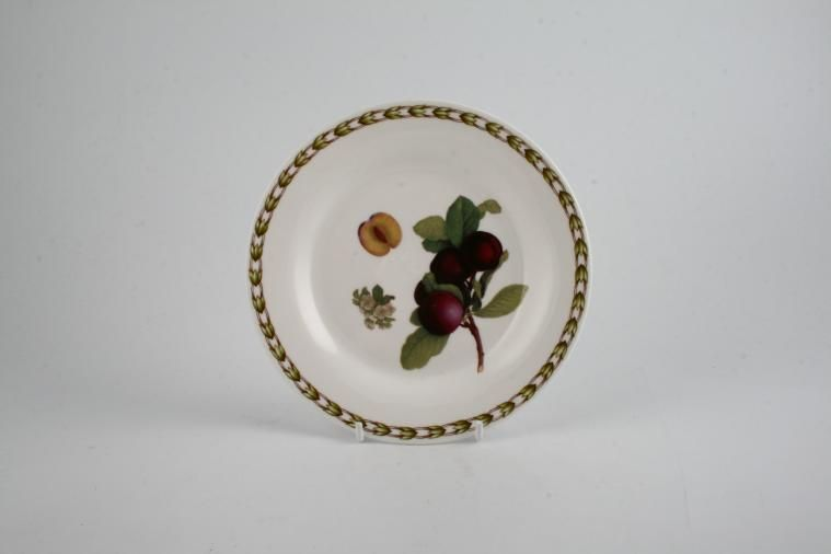 Queens - Hookers Fruit - Tea / Side / Bread & Butter Plate - Plum - Raised Rim