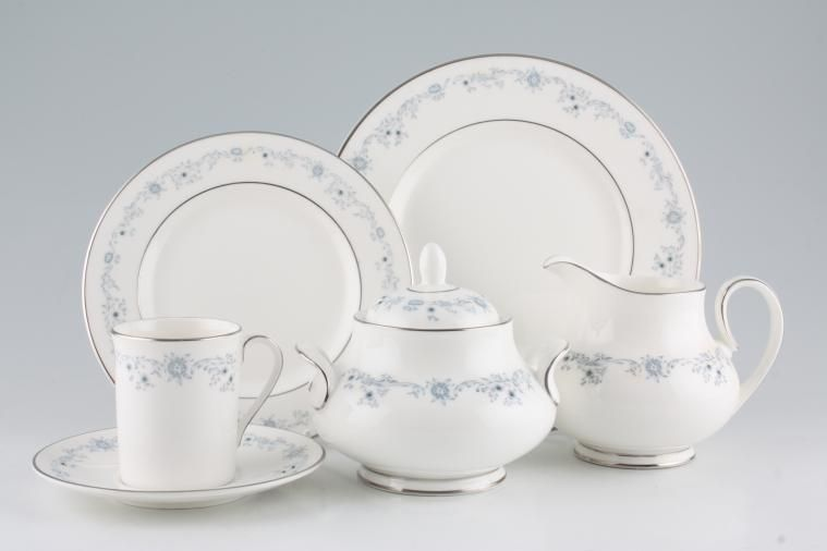 Royal Doulton - Angelique - H4997 & Royal Doulton Angelique - H4997 | 14 lines in stock