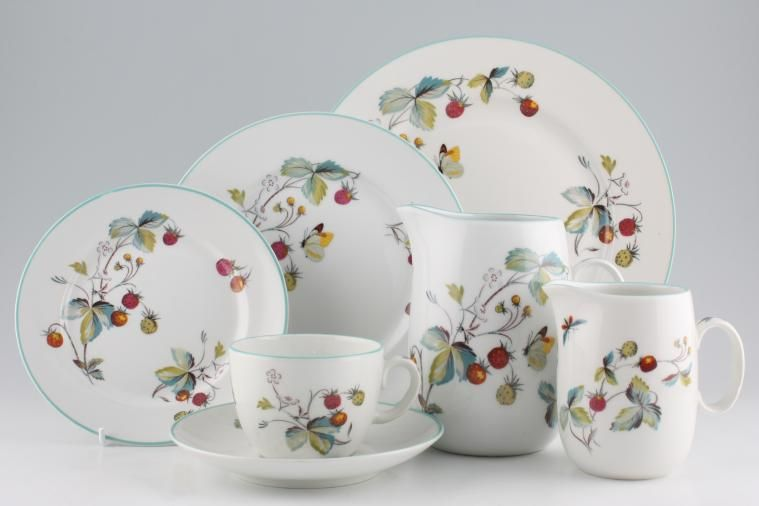 Royal Worcester - Strawberry Fair - Green Edge  sc 1 st  Chinasearch & Royal Worcester Strawberry Fair - Green Edge   18 lines in stock