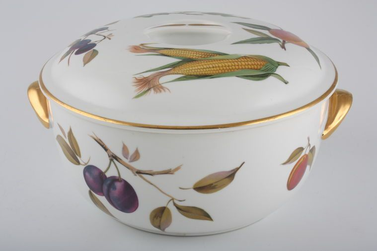 Casserole Dish + Lid Evesham - Gold Edge by Royal Worcester & Casserole Dish + Lid £57.90 | 1 in stock to buy now | Royal ...