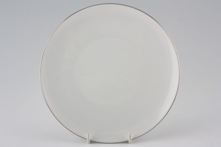 Thomas - Medaillon Platinum Band- White with Thin Silver Line - Dinner Plate